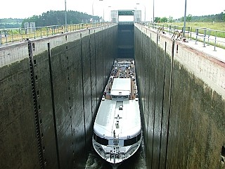 Leerstetten Lock on the Main Danube Canal